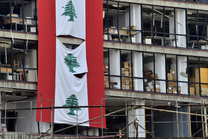 arab-reform-initiative-salvaging-lebanon-expert-opinions-on-a-way-out-of-the-crisis